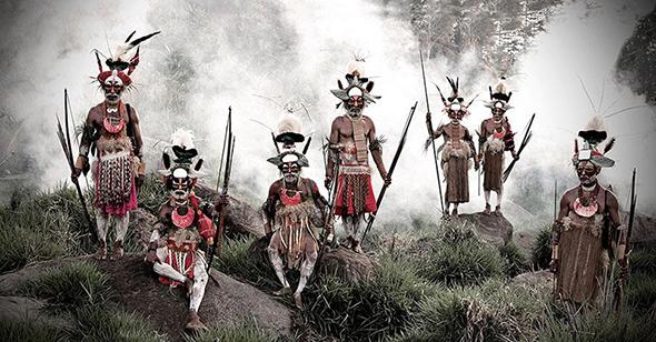 vanishing-tribe-Papua-New-Guinea.jpg