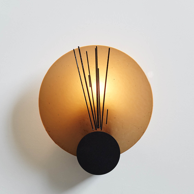 browncirclelight.jpg