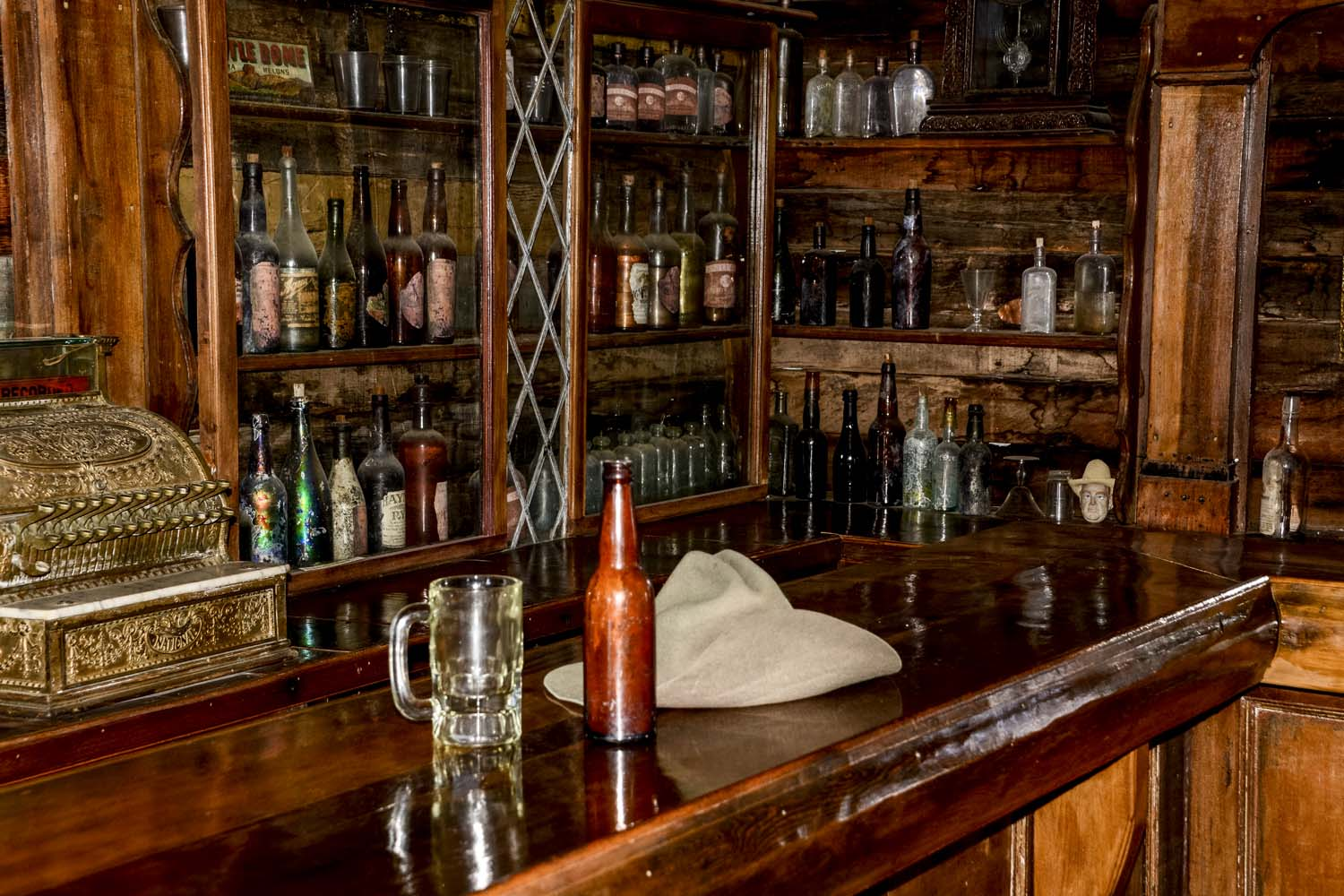 Old West Bar I