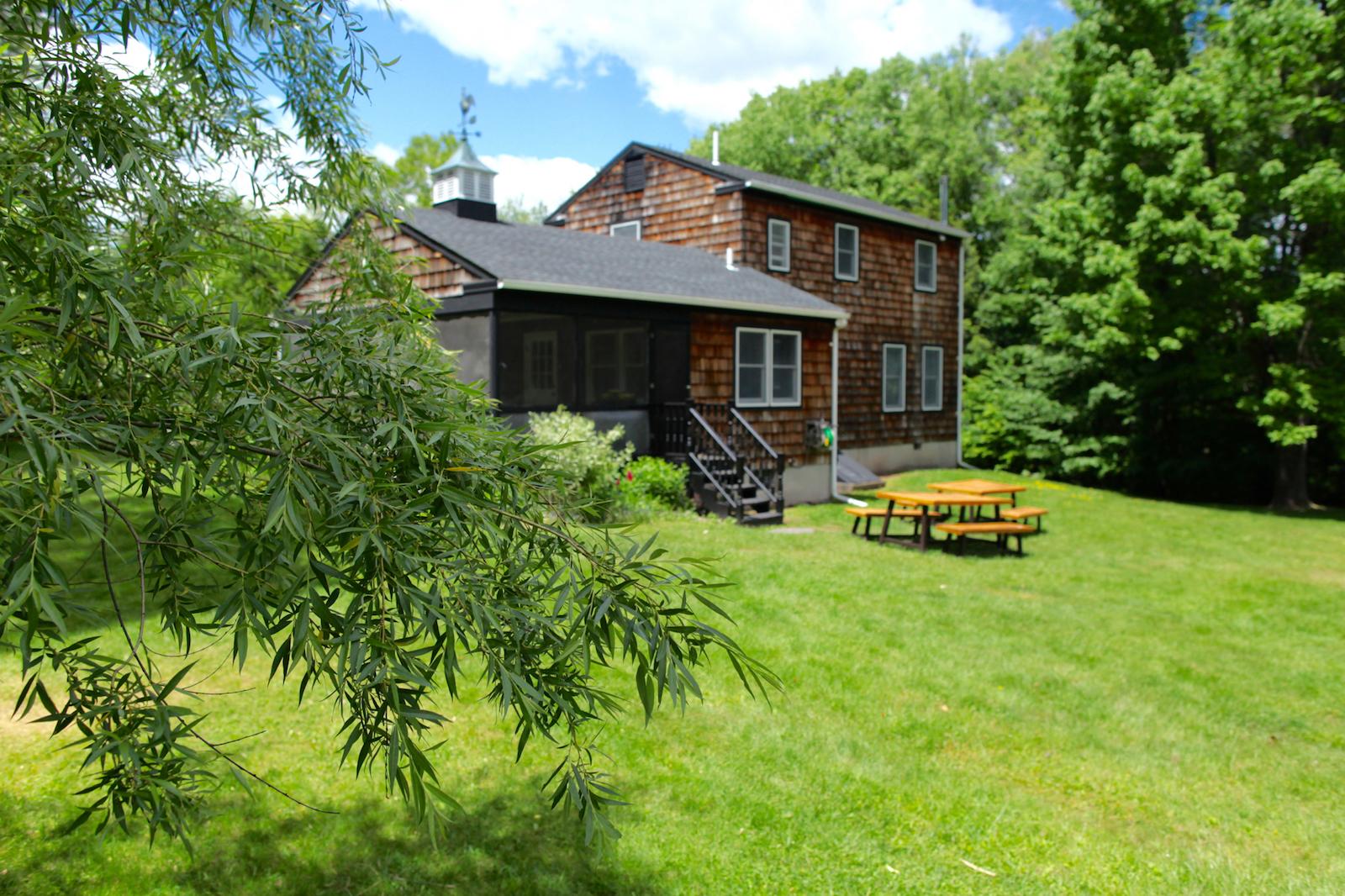 Hubert House Ext - 4.jpg