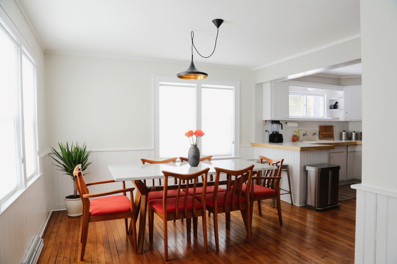 WILLOW COTTAGE DINING TABLE NAKED 1_ESCAPE BROOKLYN.jpg