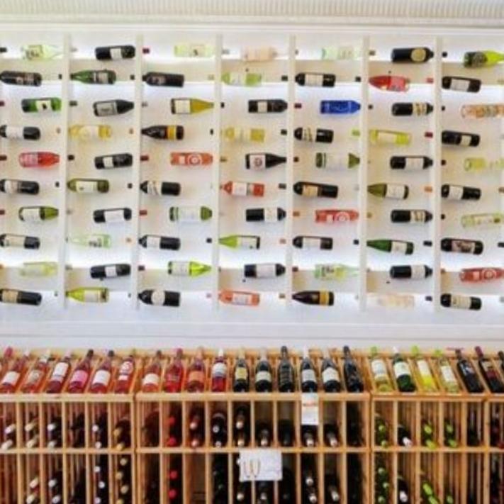 Roxbury Wine & Spirits