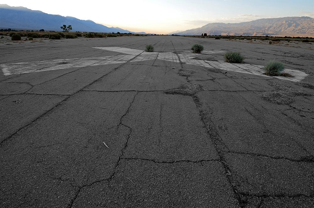 Manzanar Airfield, Hwy 395