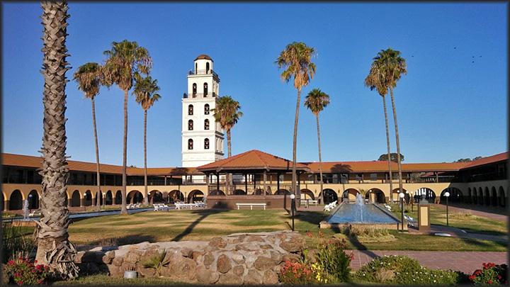 Hotel del Oro, Santa Nella, Cal