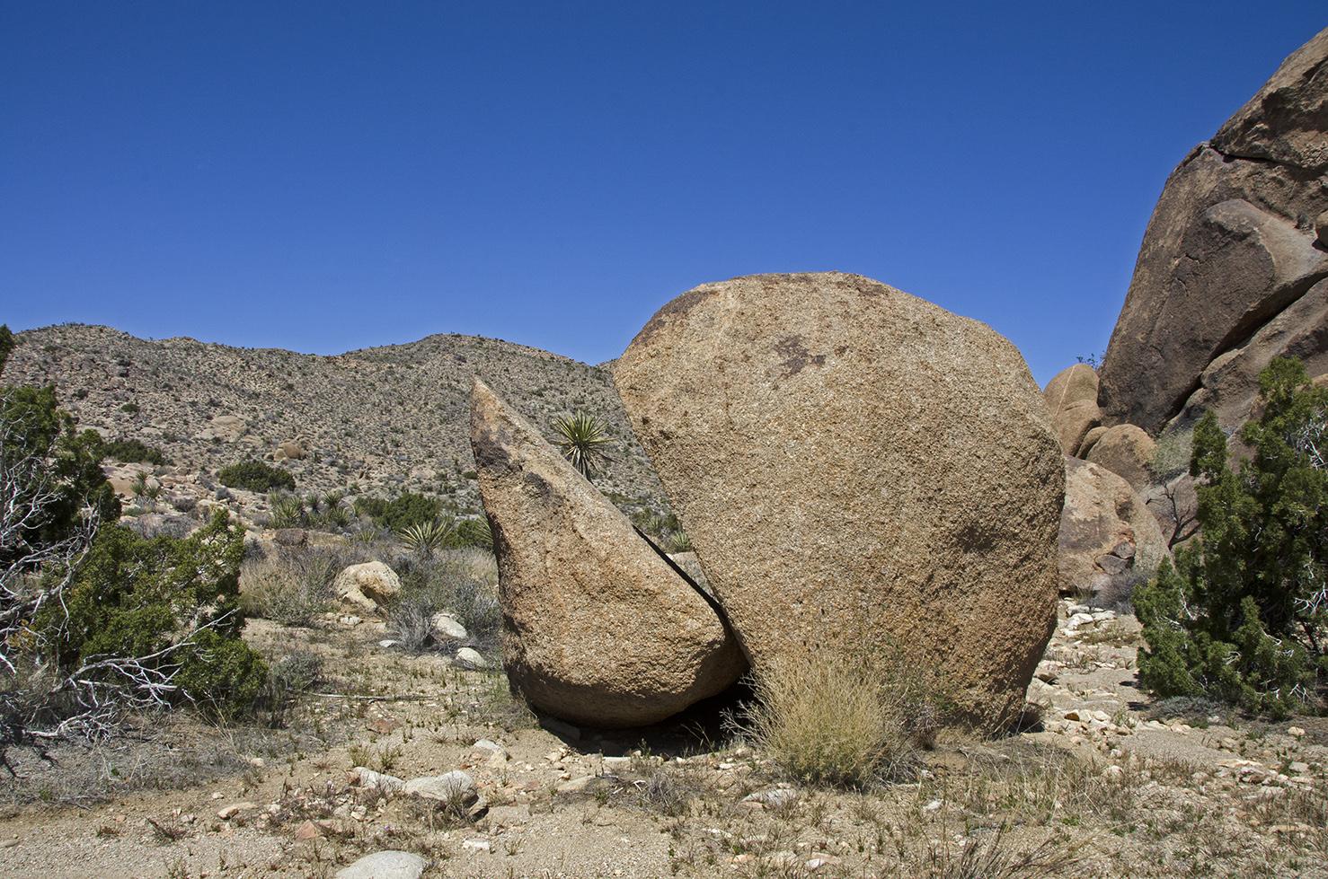 """Pac-man"" Rock"