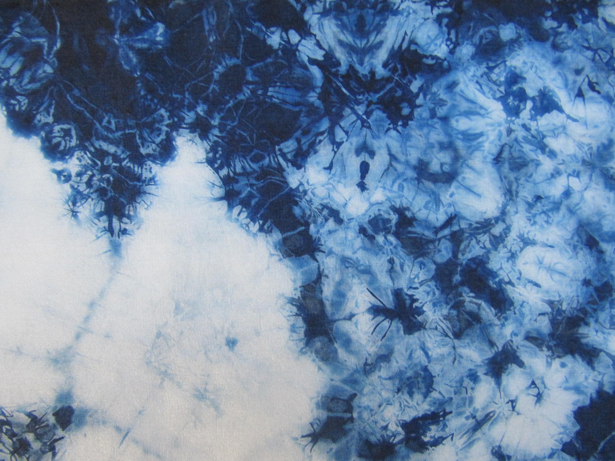Crackle pattern Indigo silk scarf, detail