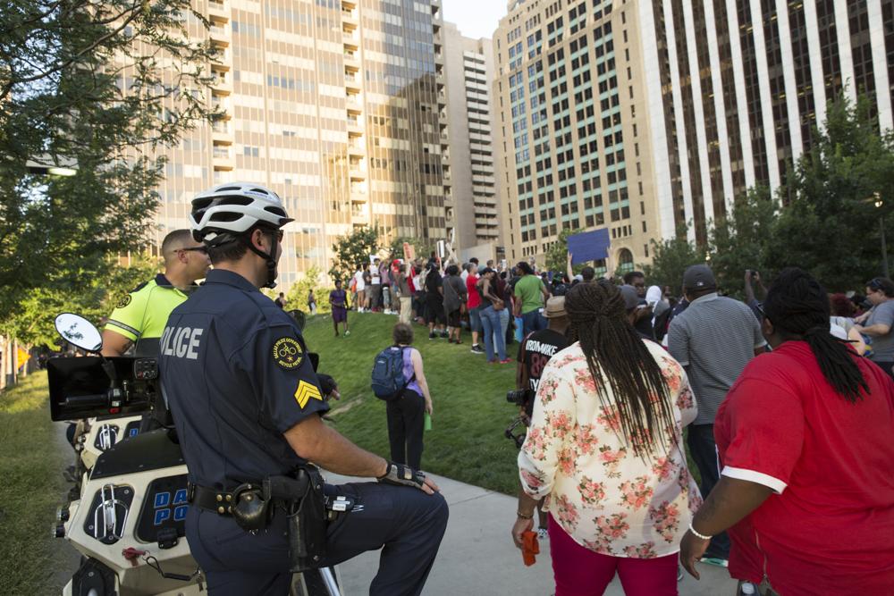 DallasProtestBefore_005.JPG