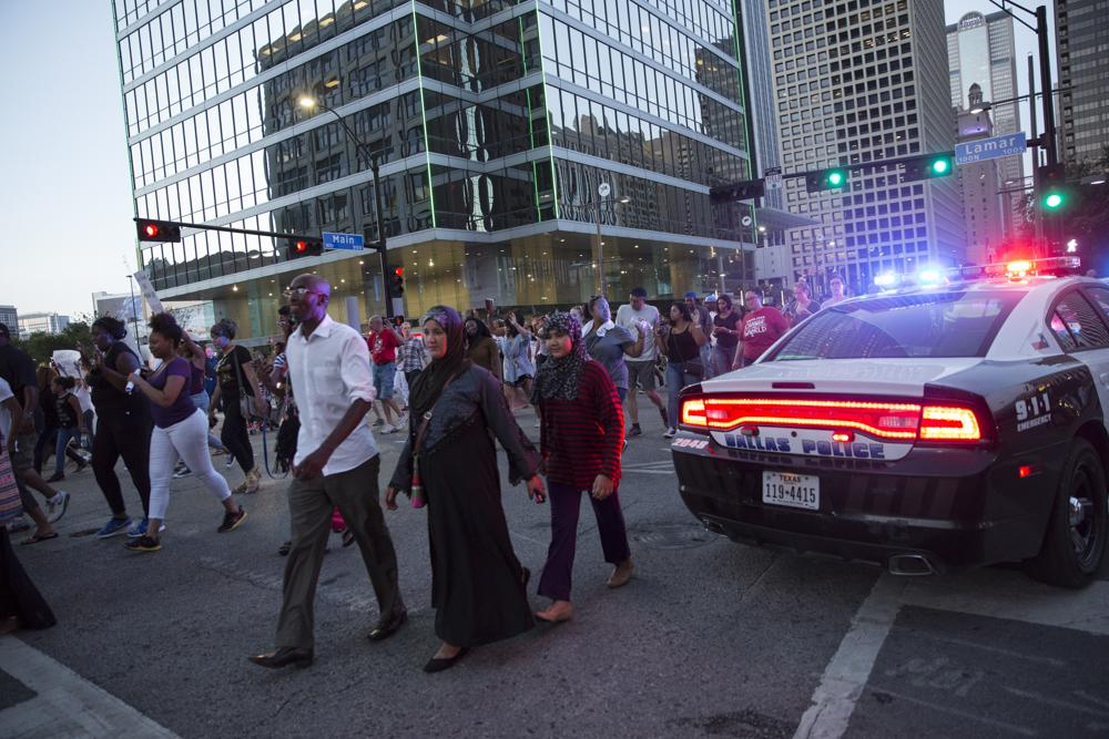 DallasProtestBefore_010.JPG