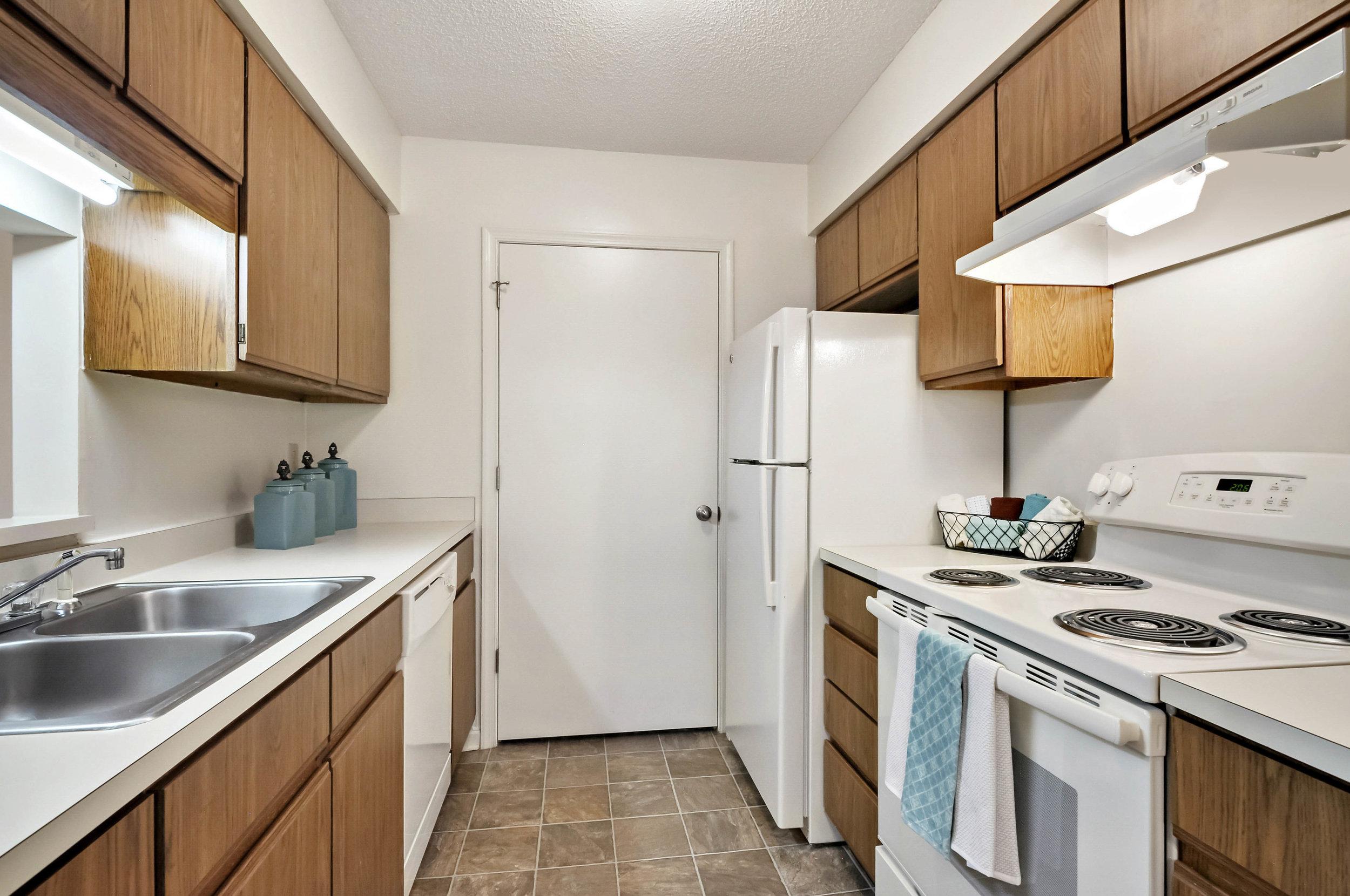Kitchen-Wildwood-Trace-Rocky-Mount-NC-PJ03159-PH-20 2.JPG