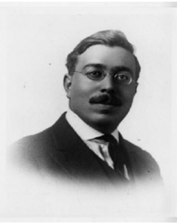 Fig. 1. Norbert Wiener (courtesy of MIT Museum).