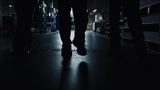 Pantone Link in bio🤘  Director/DP: @alex_gilbert Editor: @jon.hwang Producer: @erikdotcom @sophiesdichter Production: @longdivision.film Color: @mimiluomm • • • • • • #videoproduction #imashamedofthesehashstags #filmmaking #video #videography #cinematography #filmmaker #videographer #film #cinematographer #arri #arrialexa #alexamini #setlife #production #videomaker #behindthescenes #director #filmproduction #music #videoshoot #videomarketing #drone #sigma #sigmacine