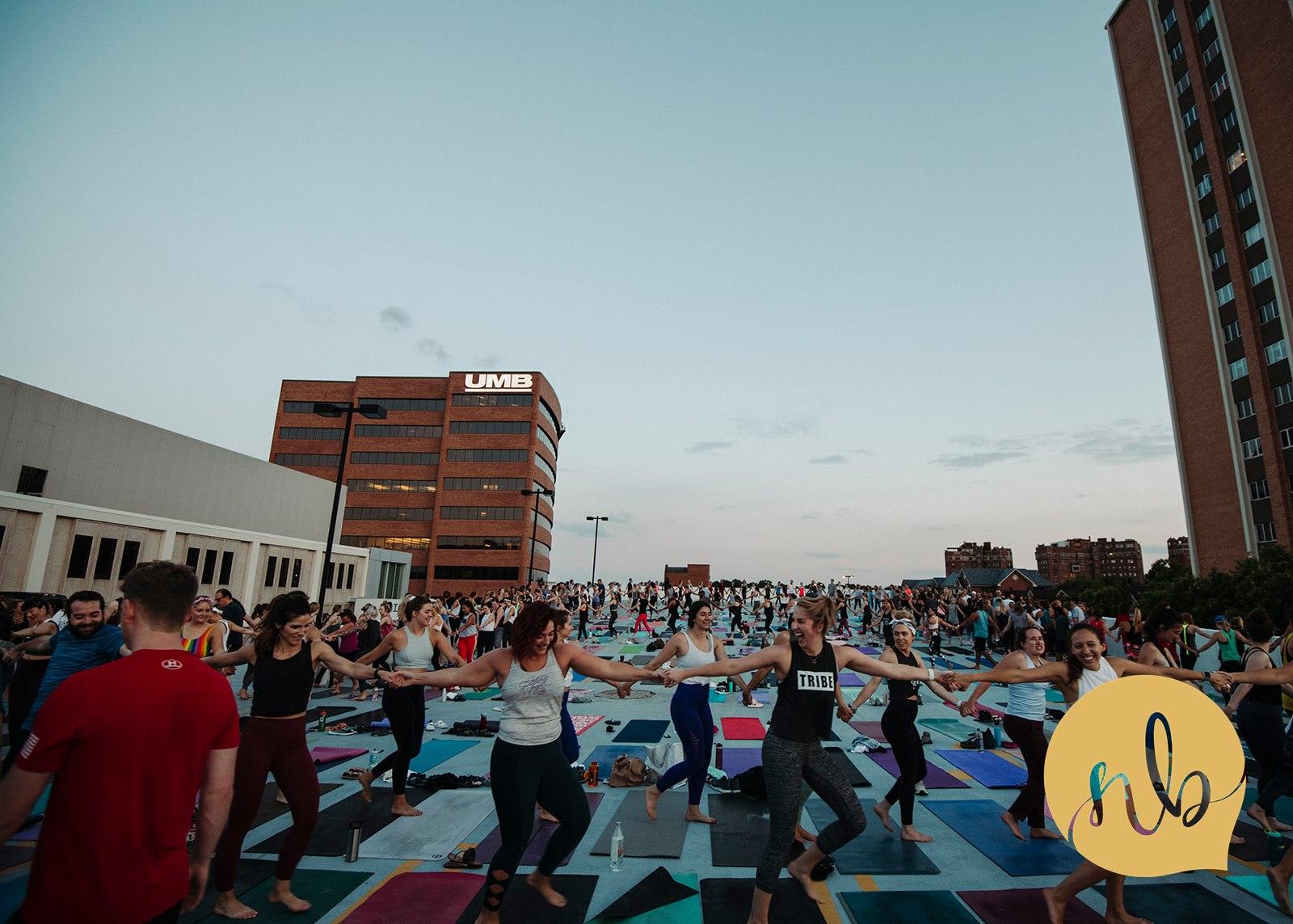 Salute_the_Sunset___Powerlife_Yoga___Nicole_Bissey_Photography_179.jpg