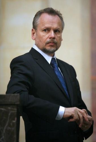 Prof Piotr Piotrowski