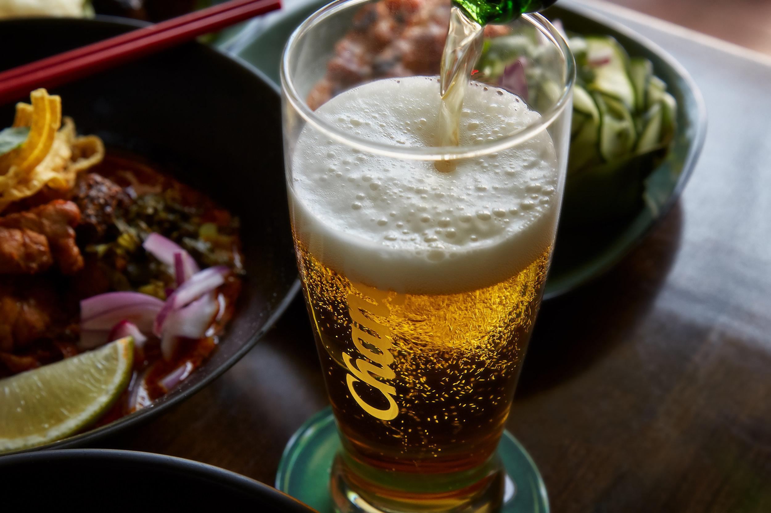 Chadaka-Thai-Chang-Beer_16-08-26_13-13-56_IMG_9798_RyanTanaka2016.jpg