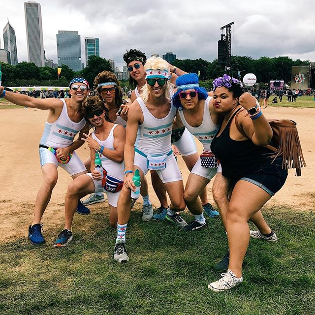 Yesterday, Day 2 of Lolla...there was a lot going on! Lol! . . . . #lollapalooza #lolla #lolla17 #chicago #grantpark #theydoingtoomuch
