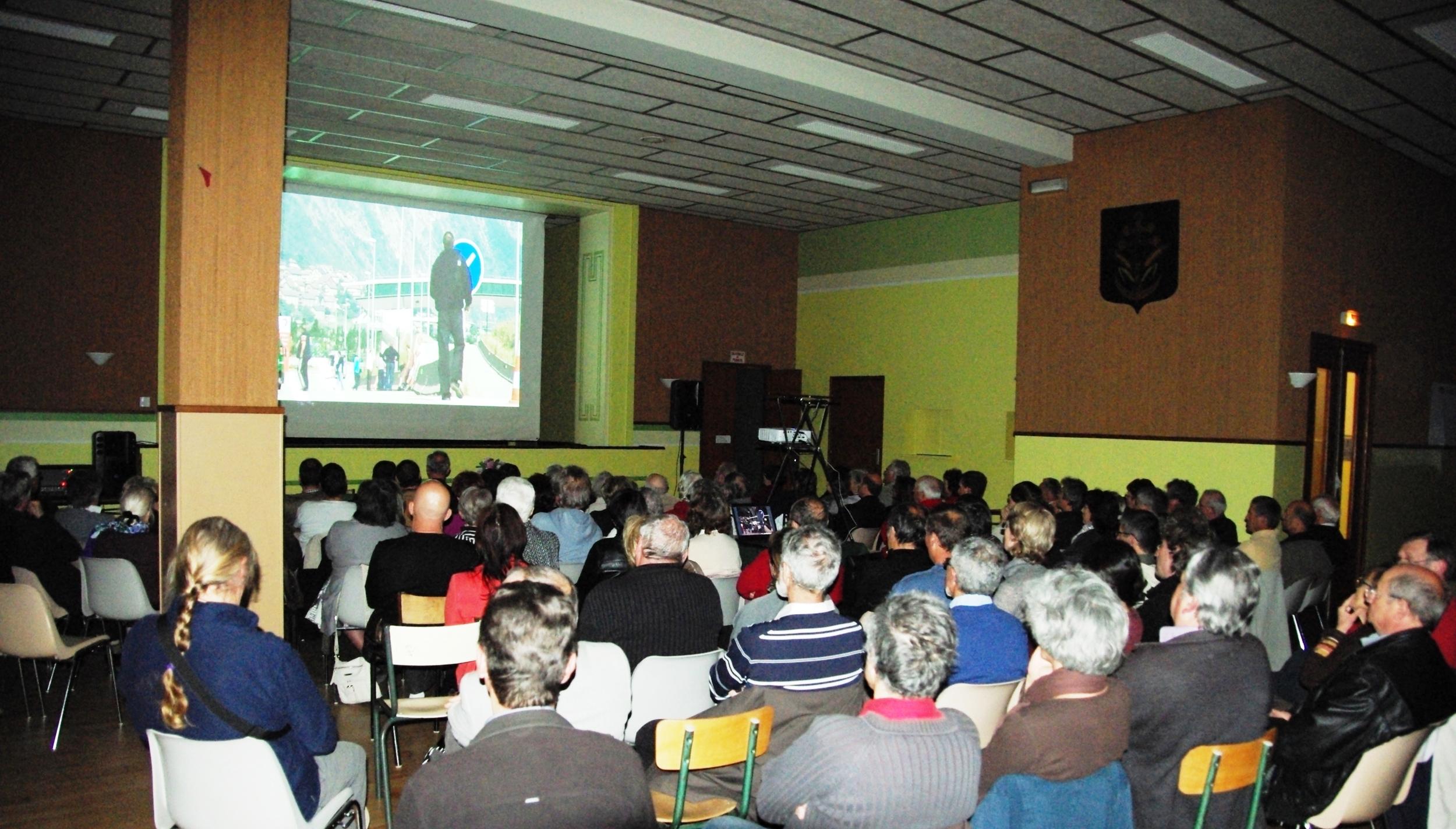 15 avril 2011, projection documentaire et débat, Jura