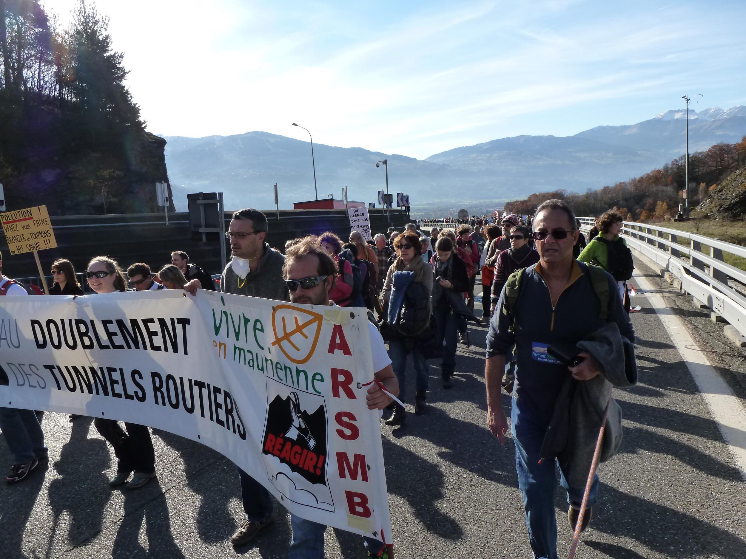 17 novembre 2012, montée du viaduc
