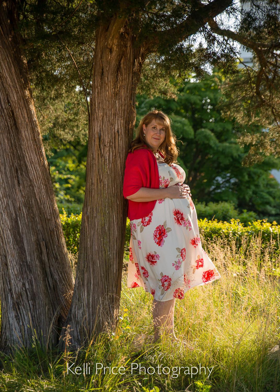Atlanta Maternity Photo Session - Historic Oakland Cemetery, GA