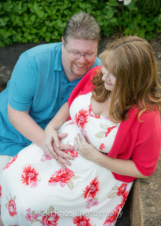 Mom & Dad - Atlanta Maternity Photo Session - Historic Oakland Cemetery, GA