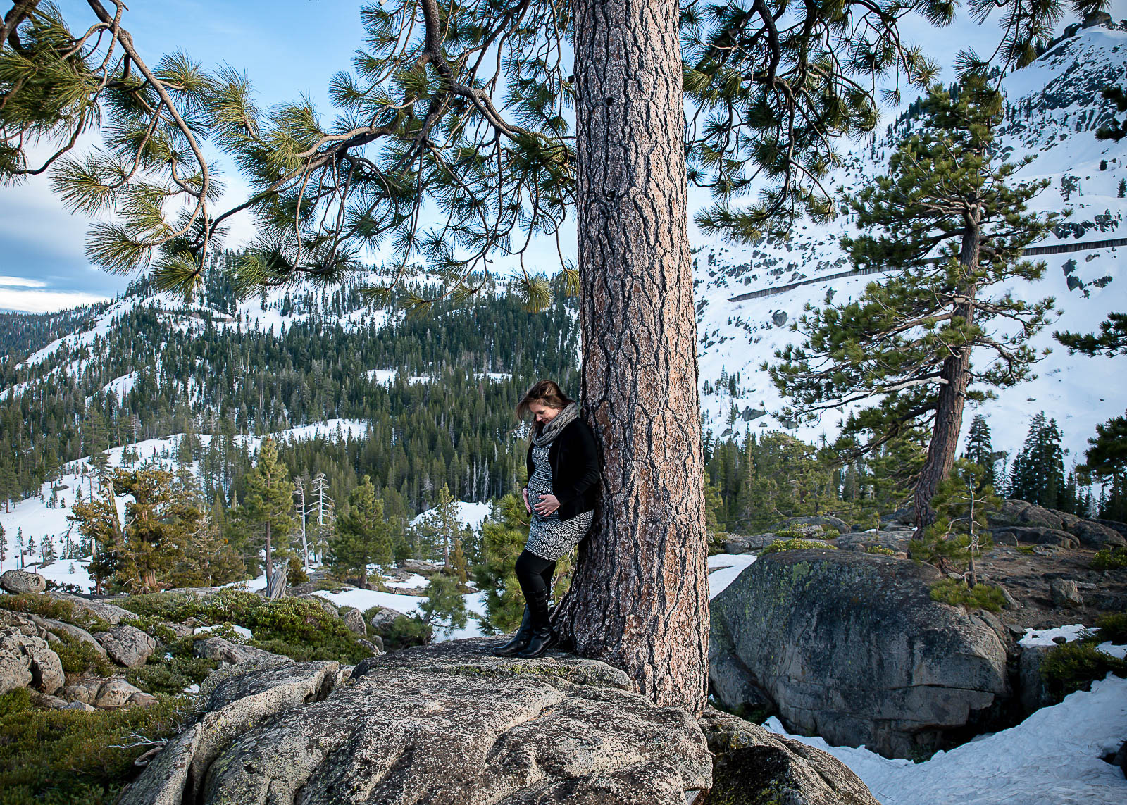 GoldbergMaternity2KelliPricePhotography_DonnerPass_Truckee_California.jpg