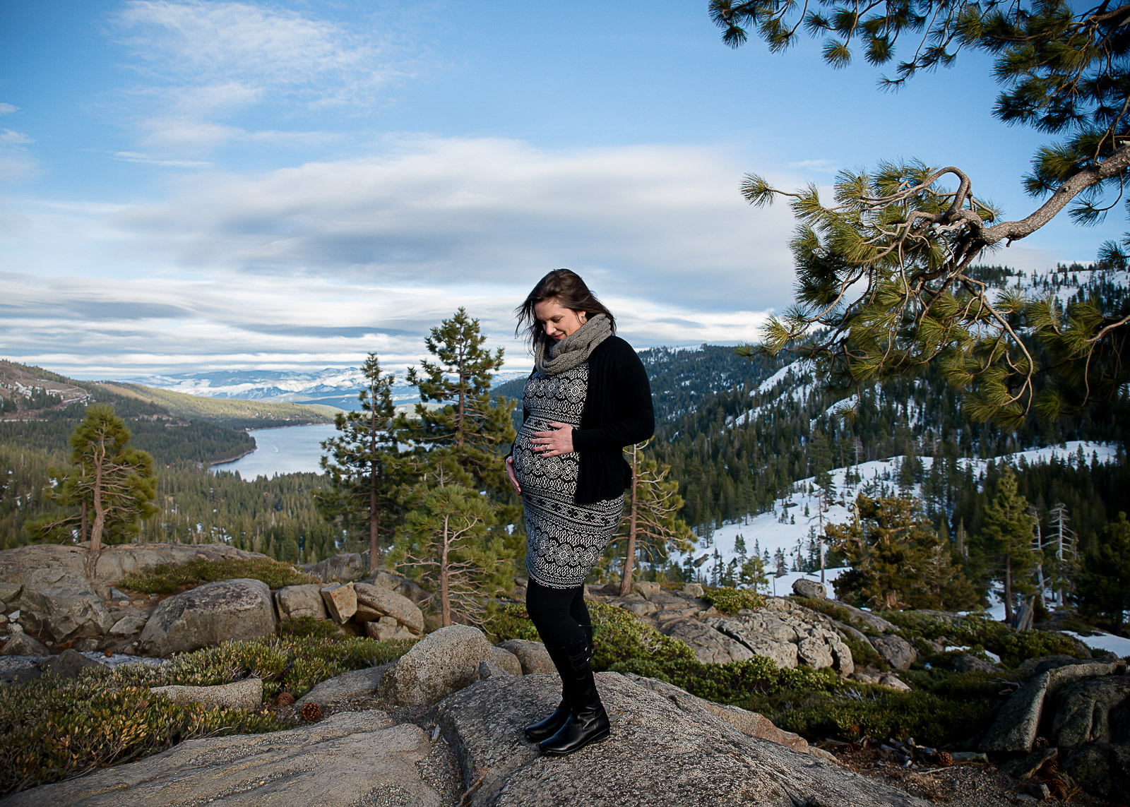 GoldbergMaternity19KelliPricePhotography_DonnerPass_Truckee_California.jpg