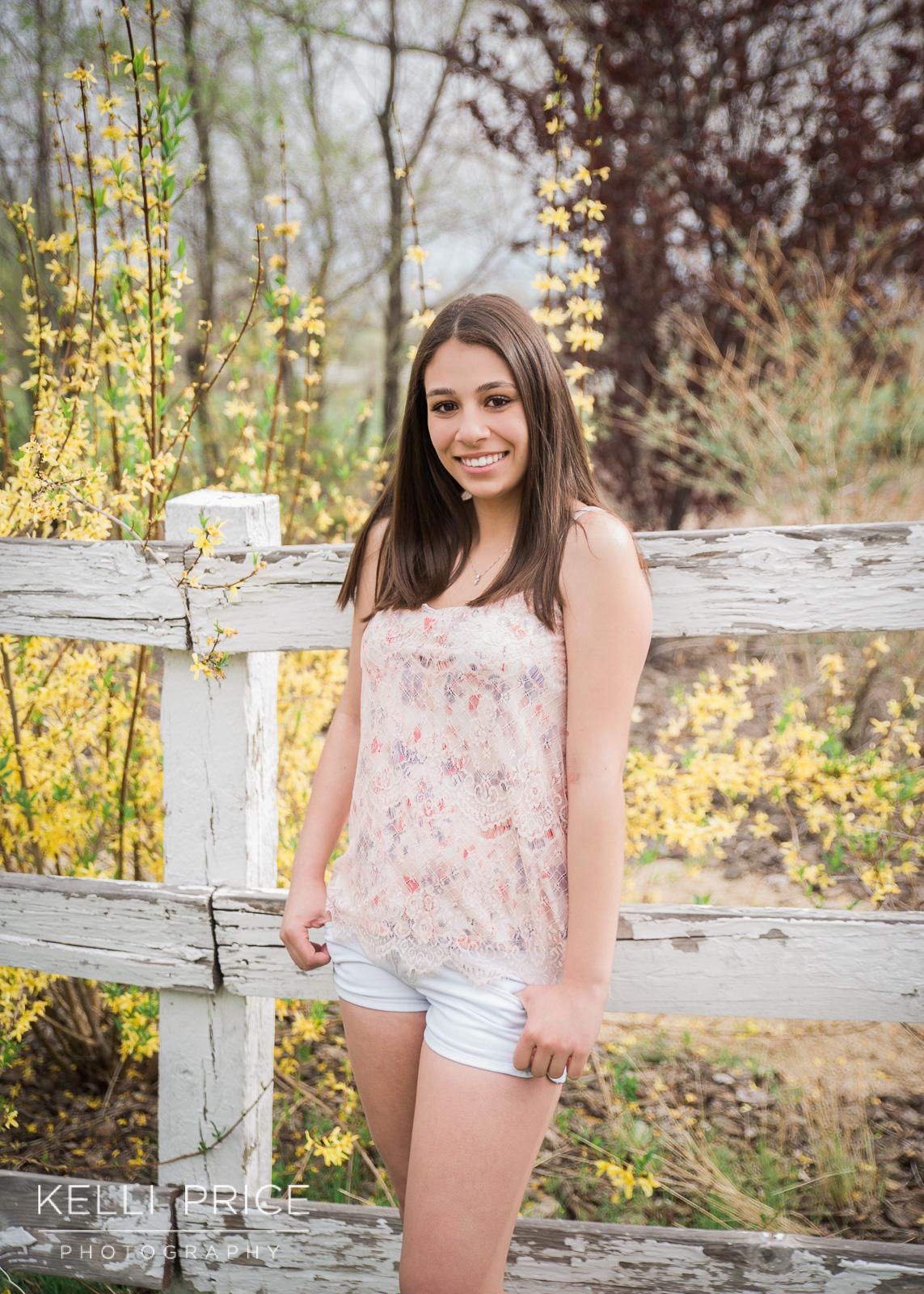 MadisonSeniorPortraits19_KelliPricePhotography_RenoNevadaApril2016.jpg