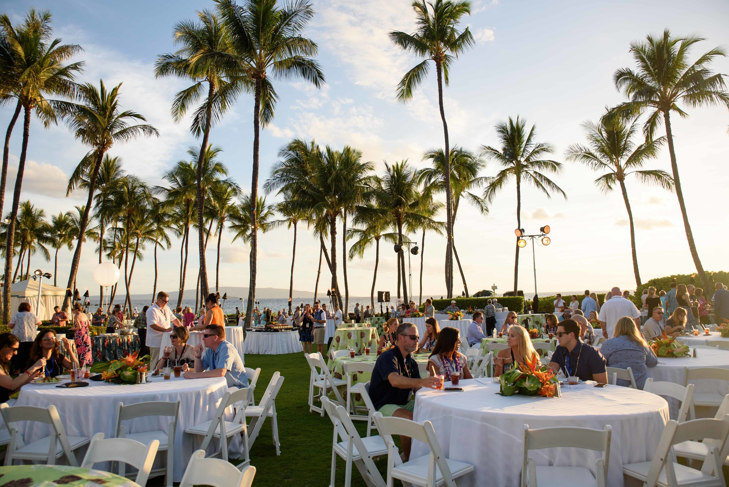 WelcomeReception90_KelliPricePhotography_TopPerformersGrandWaileaHI_May2017 copy.jpg