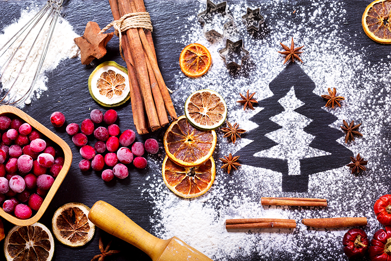 Christmas_Cinnamon_Berry_508091.jpg