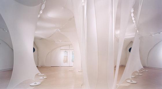 Elie Tahari Showroom, NYC — Photographer: © Michael Moran