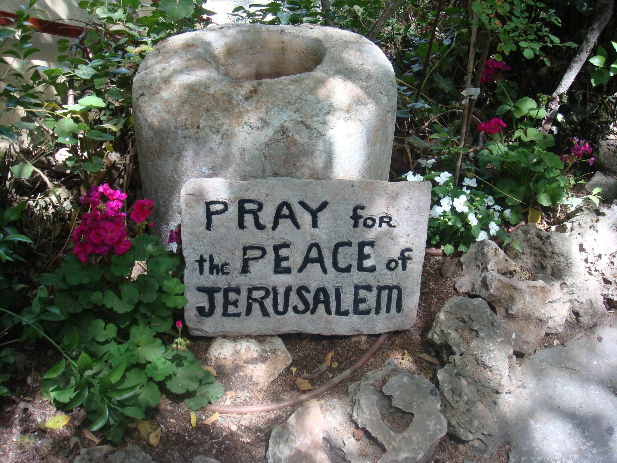 Sign Near the Tomb