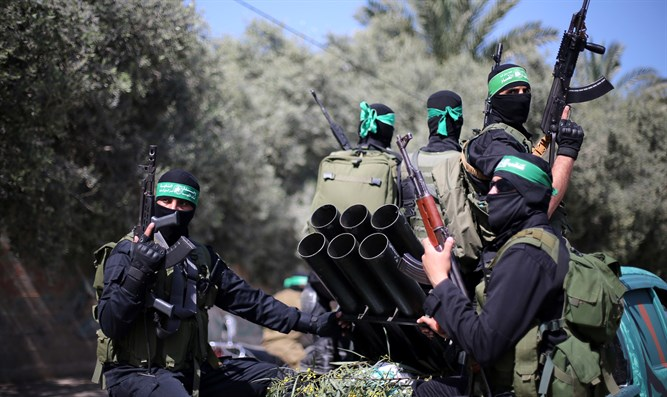 Hamas Prepares for Confrontation