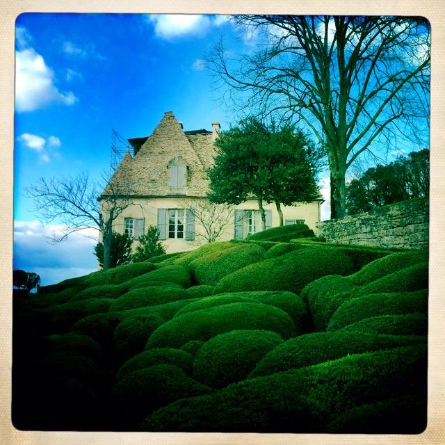 Dordogne_Marqueyssac_1 Photograph, 25Mars15;  copyright © Tennyson Woodbridge, 1963 to present