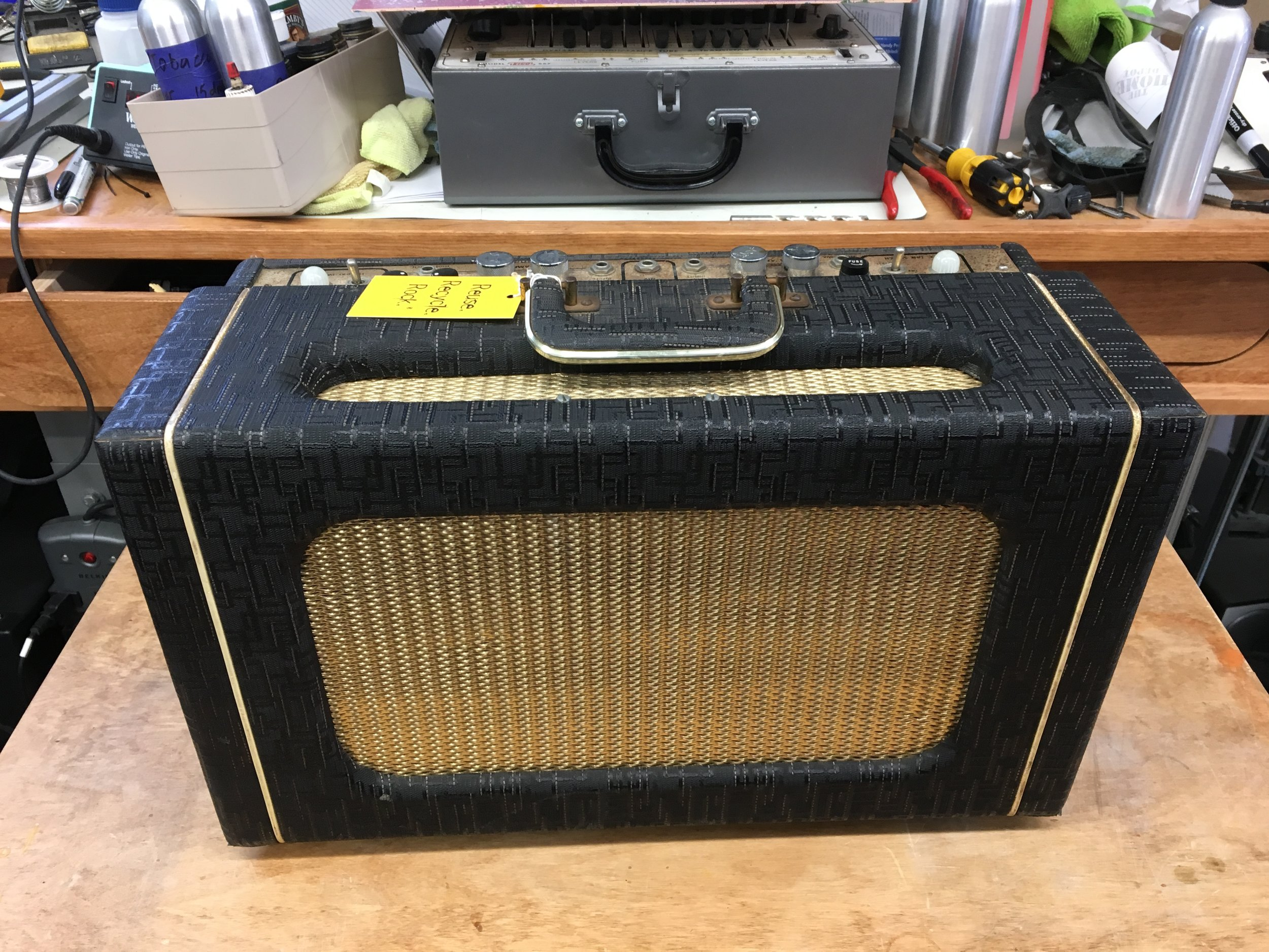 Early 60's Gretsch Stereo King made for the stereo White Falcon guitars.