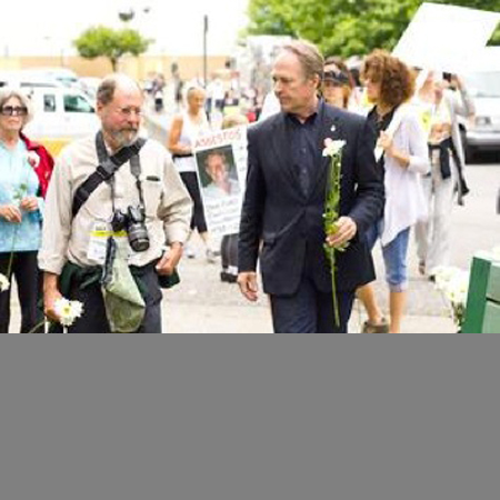 "Powell River Peak Article ""Walk to raise awareness"""