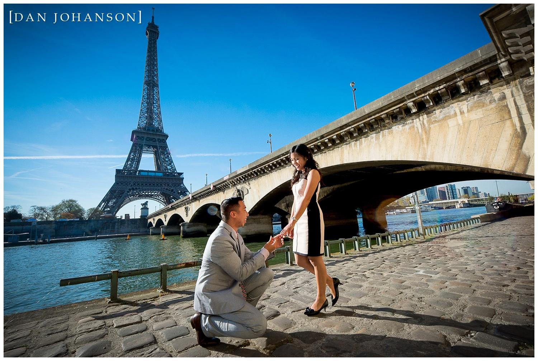 paris-engagement-proposal-eiffel-tower-5.jpg