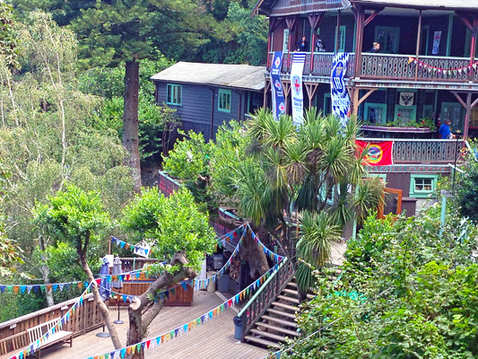 Tourist Club, all decked out for Sommerfest (Photo: Tourist Club /  Facebook )