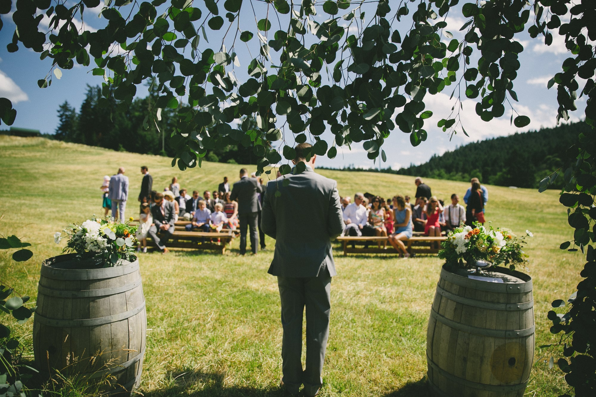 41-birdseye-cove-farm-wedding-sara-rogers-photography.jpg
