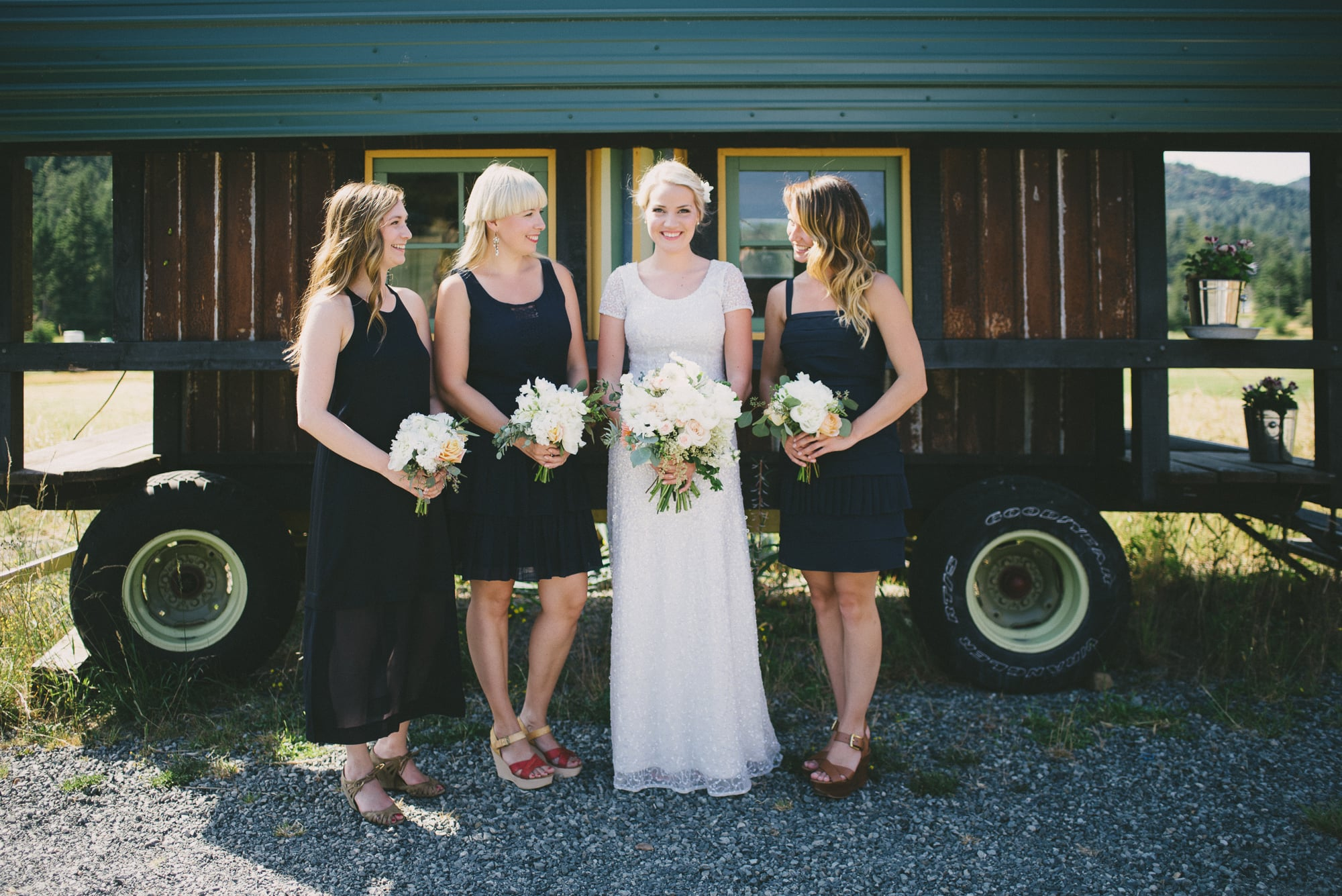 64-birdseye-cove-farm-wedding-sara-rogers-photography.jpg