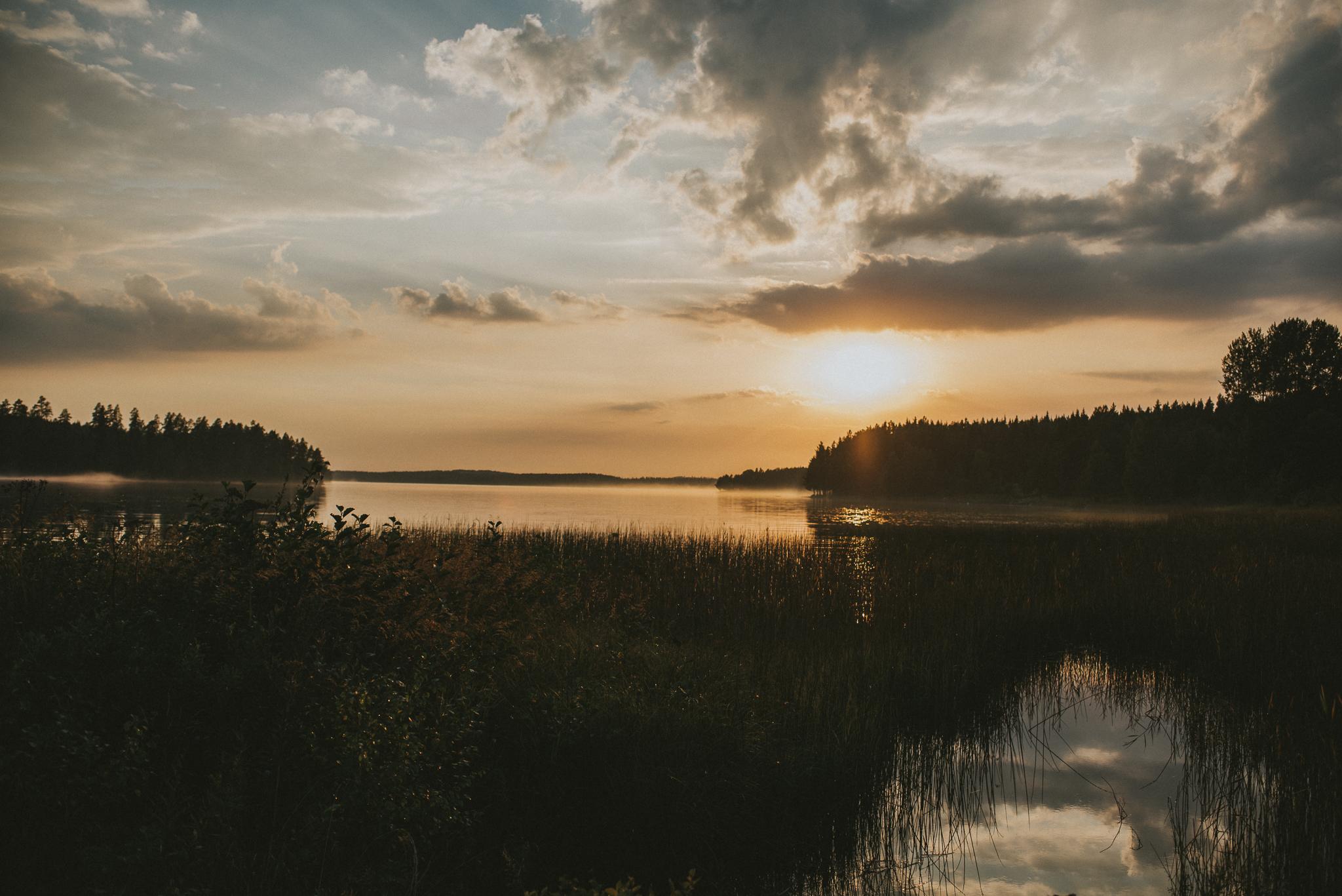1-stjarnsund-sweden-wedding-martarobin-web-3745.jpg