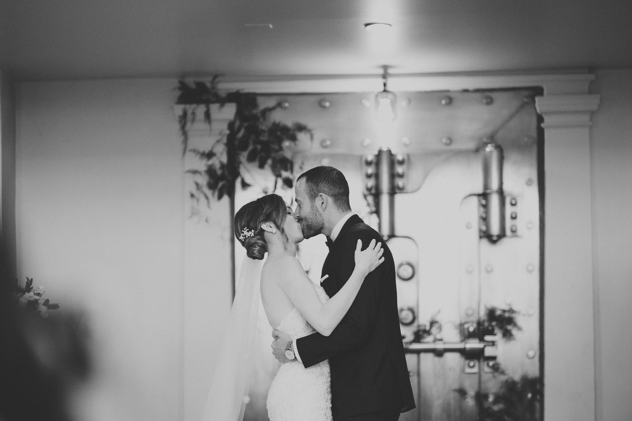 188-permanent-vancouver-wedding-courtneysteven-web-0316.jpg