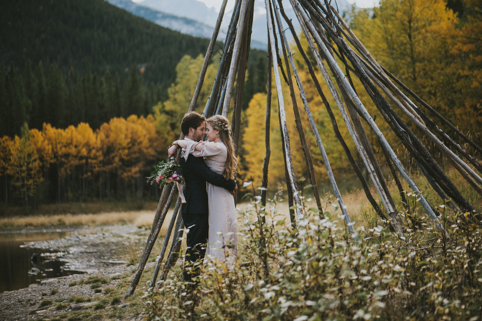 couple wood forest kananaskis elopement
