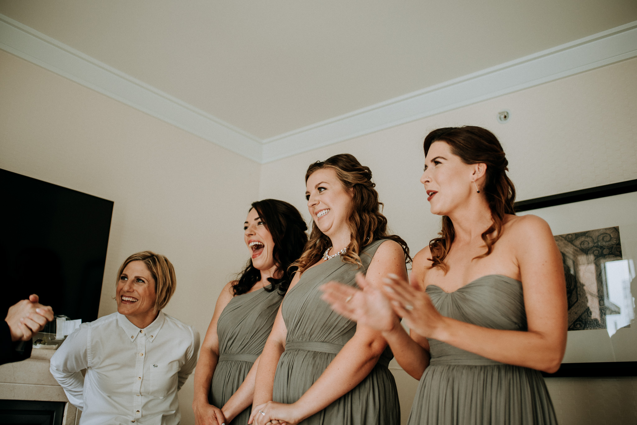 23-vintage-vancouver-gastown-same-sex-wedding-the-permanent-ellesarah-sara-rogers-photography-7124.jpg