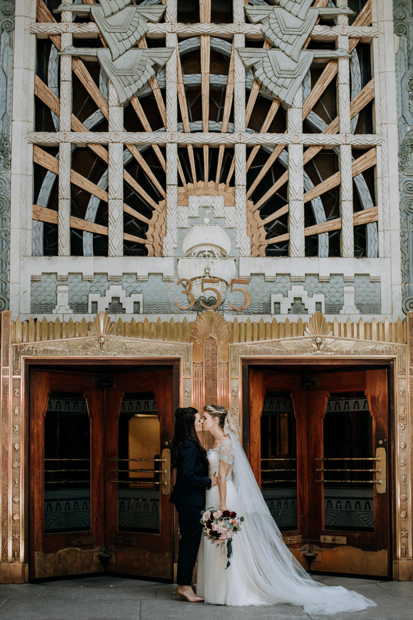 82-vintage-vancouver-gastown-same-sex-wedding-the-permanent-ellesarah-sara-rogers-photography-5542.jpg