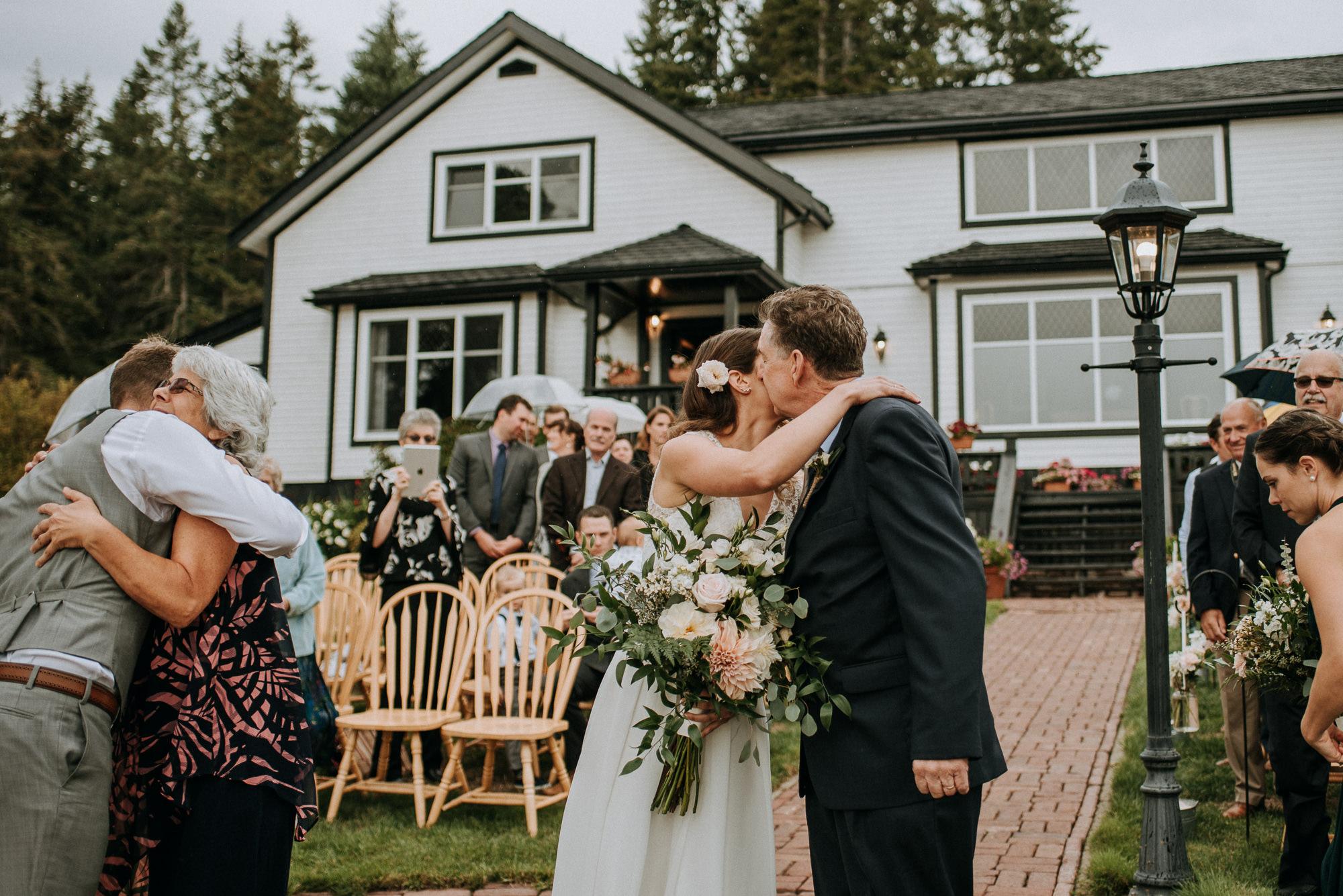 56-overbury-resort-thetis-island-wedding-jan-ian-6974.jpg