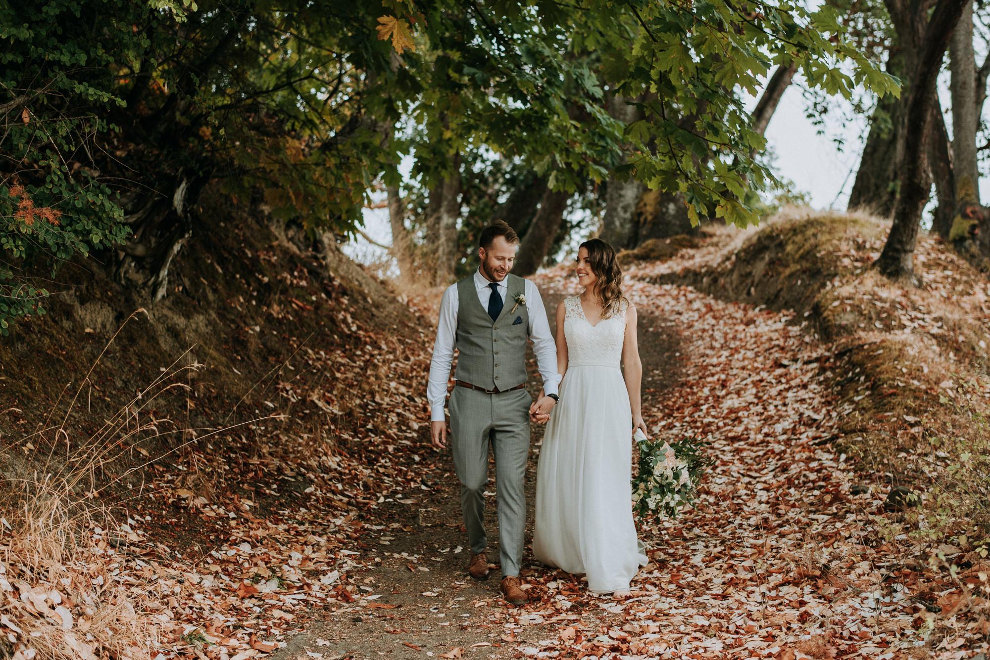 Thetis Island Wedding Couple