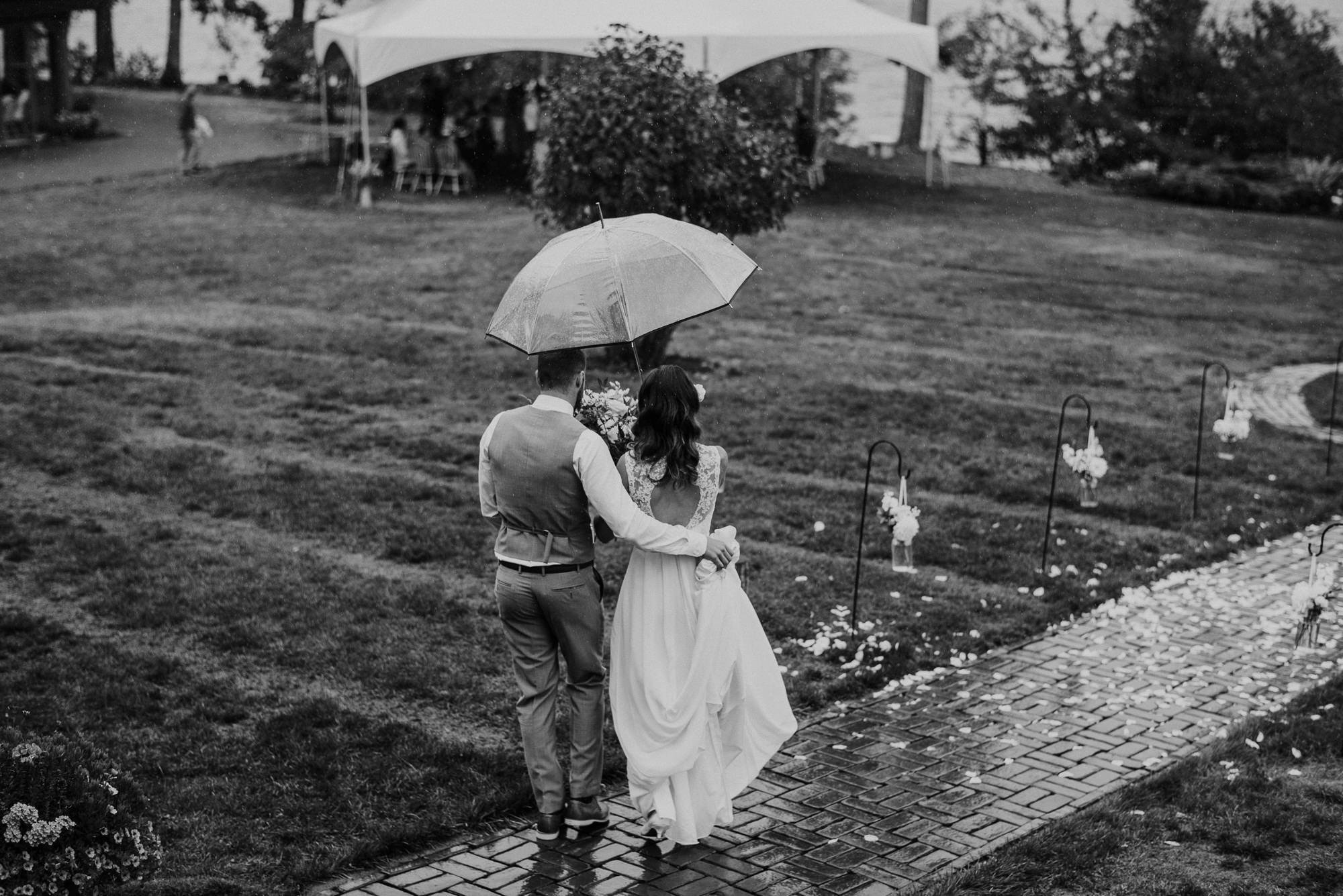 103-overbury-resort-thetis-island-wedding-jan-ian-1736.jpg