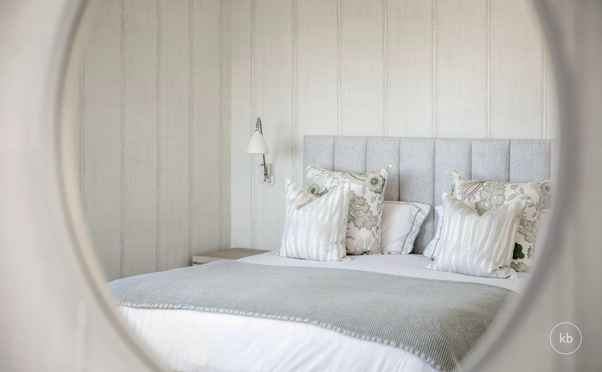 ©-Kate-Bell-Interior-Architecture-&-Design-Bronte-Yanko-project-Bedroom-05.jpg