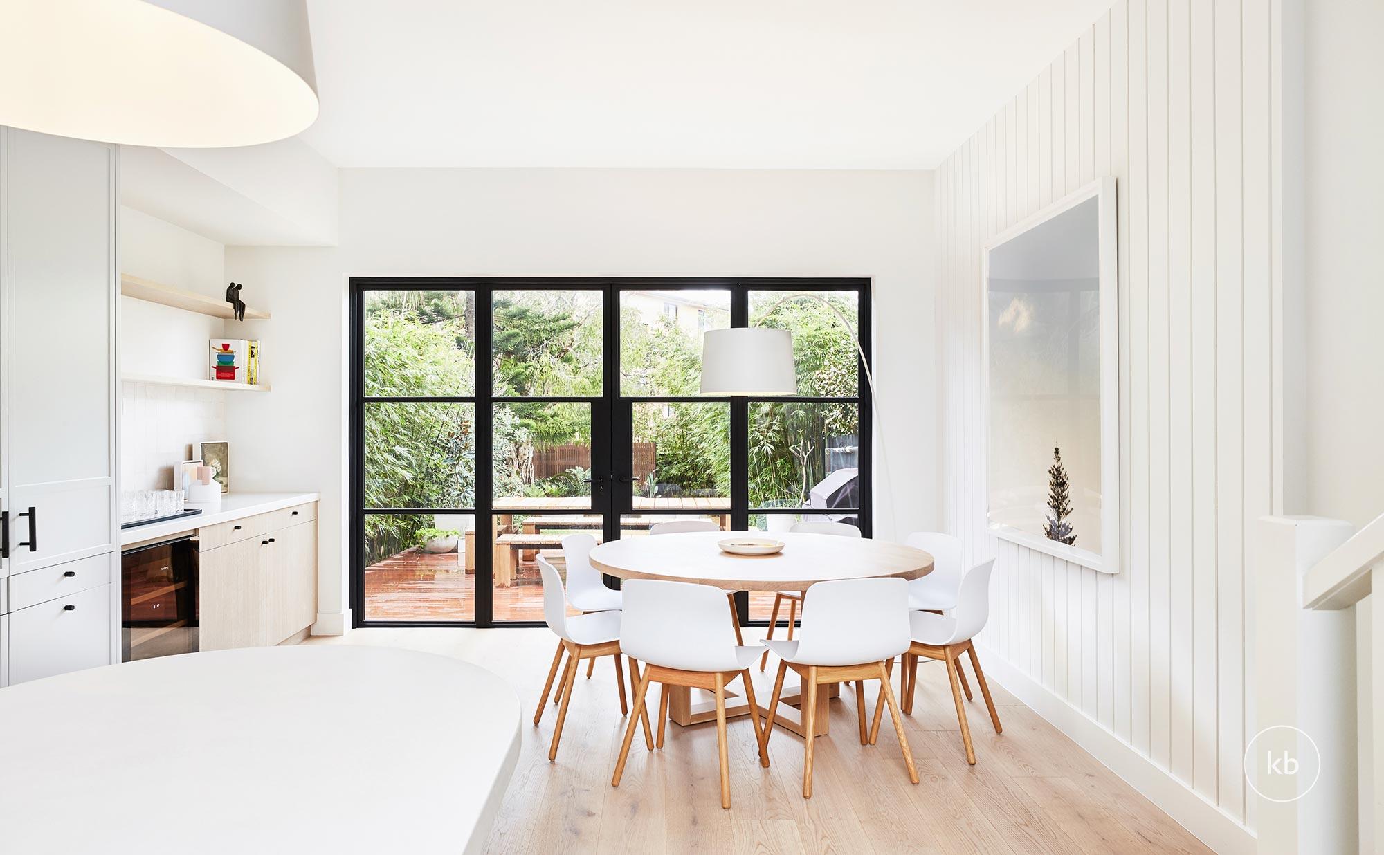 ©-Kate-Bell-Interior-Architecture-&-Design-06-North-Bondi-Project-Dining-01.jpg