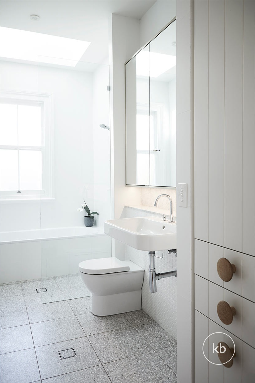 ©-Kate-Bell-Interiors-Spaces-Bathroom-08.jpg