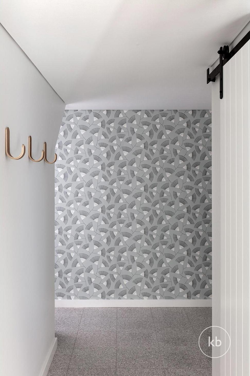 ©-Kate-Bell-Interior-Architecture-&-Design-Bronte-Yanko-project-Hallway-01.jpg